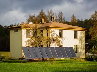 Vacuum collectors and solar heat pump system in Baldone