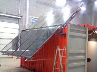 Saules kolektori un paneļi - pārvietojamais konteiners LAMA